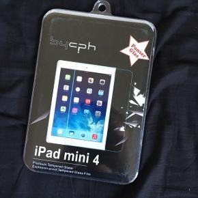 """Passer som det vises på billedet til en """"iPad 4 mini""""  Skriv for interesse ((: Tjek min profil ud for meget mere tøj, makeup og div. andre produkter - hvis der er mere som falder i din smag, kan vi finde en god samlet pris ((:"""
