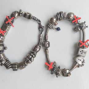Jeg sælger to Pandora armbånd med en masse charms. Armbåndene passer til et lille håndled, og de er 18 cm.   Alle charms er originale Pandora sterling sølv, flere har også gulddetaljer eller rhinsten.  Har flere charms tilbage, bl.a. en elefant, skildpadde, stjernetegnet for stenbukken, bibel, hus, fisk, firkløver, slange, terning og mange flere. Sælger dem også enkeltvist. Nogle charms har tegn på slid.   Enkelte charms er solgt - se billedet, hvor jeg har streget de solgte ud.   Spørg endelig! Sender med DAO eller evt. som brev til 10 kr.