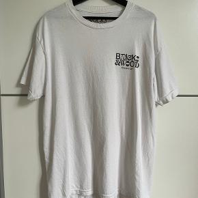 Bricks & Wood T-shirt