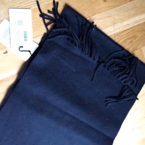 Helt nyt lækkert tørklæde