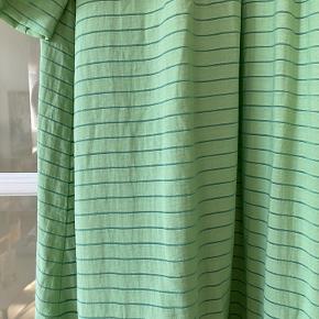 Helt ny Stine Goya kjole fra seneste kollektion. Stadig med tag.