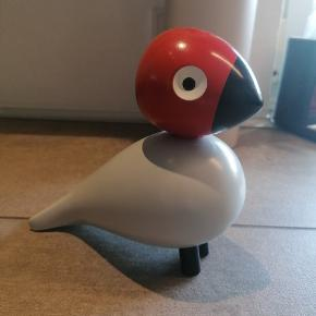 Har denne super flotte kay bojesen fugl som jeg gerne vil sælge da jeg samler på noget andet. Fuglen er udgået af produktion.  Mp 1300. Bud er oppe på 1550