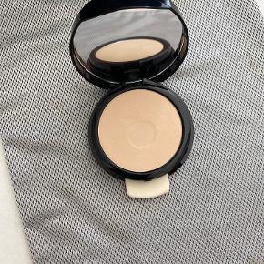 Idun Minerals makeup