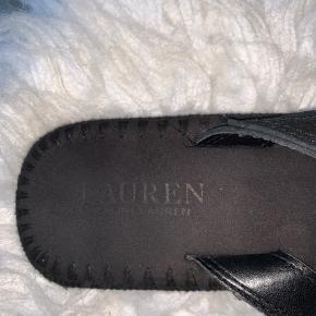Sandaler fra Ralph Lauren. Købt i Beverly hills