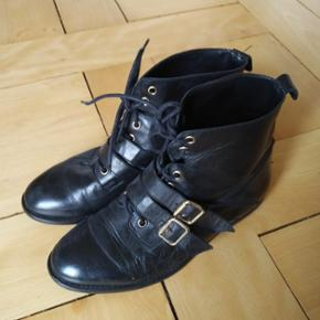 Longlife boots made in Spain, size 39