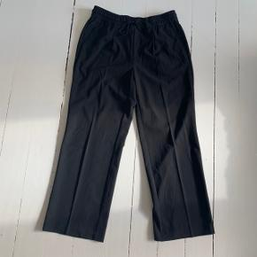 Sorte vidde bukser fra Free Quent i str. XL 🤩