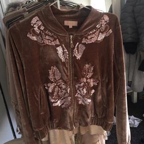 Flot cardigan/jakke fra Buch Copenhagen. Kun haft på nogle enkelte gange 🌸