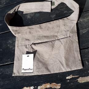 Peppercorn bæltetaske