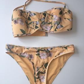 Super flot bikini fra hm   Næsten som ny   Bund str 38  Top str 40
