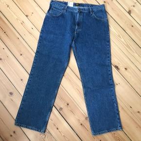 Helt nye mom jeans fra Lee i str. 38/32 (XL). Fejlkøb 🌸