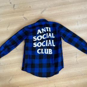 Anti Social Social Club skjorte