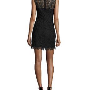 Smukkeste lille sorte festkjole. Brugt 1 gang.