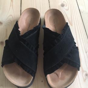 Fede sandaler fra Sofie Schnoor! - brugt 1-2 gange i meget kort tid og fremstår derfor som nye!