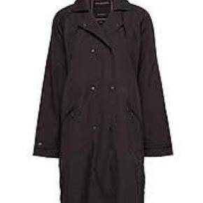 Regnfrakke, kan også anvendes som let frakke