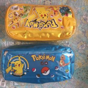 Lækker penalhus i 2 faver kan også bruges til dine Pokemon figurer koster med fragt 109 kr pr.stk eller kan hentes i Herning for 90 kr