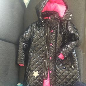 Meget flot jakke, som er købt fra Kools.