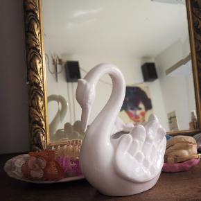 Vintage porcelæns svane til blomster eller urtepotter!