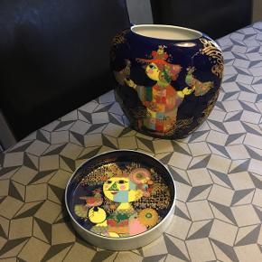 Bjørn vinblad Vase og skål Vasen er 22 cm høj  Skålens diameter er ca 19 cm.  Serien er fra rosenthal 1001 nights Er fra 1970 erne Mp 1000kr