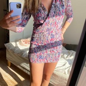 Iro kjole i størrelse 3.💘passer small-medium