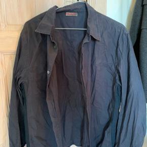 Vintage Prada skjorte i god kvalitet. Byd😊