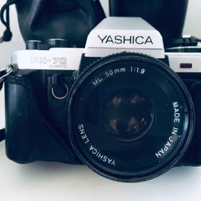 FX-70 er et automatisk eksponering 35mm spejlreflekskamera fra Yashica.  Kameraet bruger udskiftelige linser med C / Y mount.  Det har en elektronisk kvarts timet, lodret flytteplan med flyterplan med hastigheder fra 11s til 1/1000 med B. Flash-synkronisering er på 1/100 sek.  Den har et TTL center-vægtet målesystem med automatisk blændeprioritet.  Den bruger en silicium fotodiode med et måleområde 1 til 18 EV (ISO 100, med f / 1.4 objektiv).  Indstillingsområde for filmhastighed er ved ISO 25 til 1600. Låsearmen for automatisk eksponering er på kameraets forreste højre side.  Eksponeringskompensation er tilgængelig med en rækkevidde på + 2 til -2 EV.  Søgeren indeholder 15 rød blinkende LED'er på højre side for lukkertidsindikatorer med over og under eksponering.  Det er en pentaprism på øjeniveau på 95% synsfelt og en forstørrelse på 0,86x.  Selvudløseren er elektronisk kvarts baseret på en forsinkelse på 10 sekunder.  Den aktiveres ved at dreje en spak under udløserknappen.  LED'en til venstre for kroppen blinker før udløseren og kan annulleres under nedtællingen.  Den drives af to LR44 / SR44 batterier.