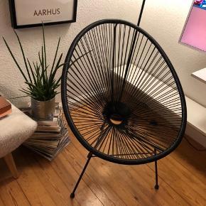 ILVA stol brugt idendørs. Fejler intet.  Den kan også bruges udendørs. Meget behageligt og side i 👌🏻  Kan afhentes i Frederiksbjerg Aarhus
