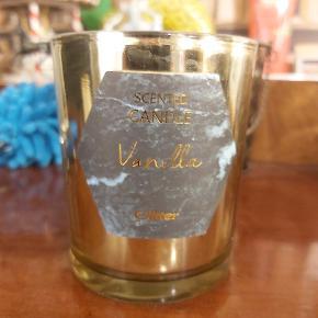 Vanilje duftlys fra glitter, aldrig brugt.