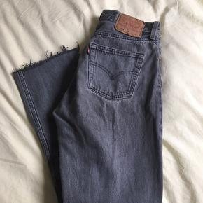 Seje levis jeans i grå  Sidder super godt