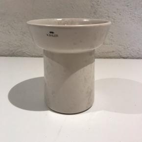 Marmorhvis Ombria Vase fra Kähler designet af Anders Arhøj. H:13, D:11