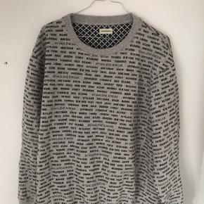 Sweater fra Malene Birger  Aldrig beugg
