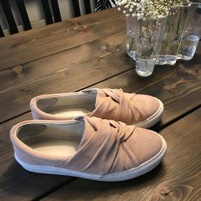 Skønne loafers fra Zign, kun brugt få gange. Nypris 900.