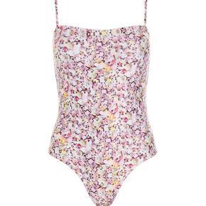 Hosbjerg badetøj & beachwear