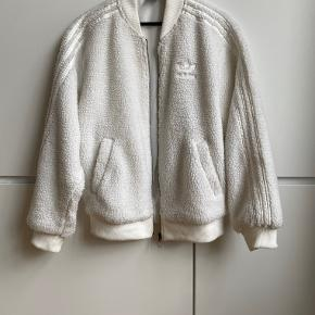 Adidas white faux shearling oversized bomber jacket. Size 38. Perfect condition, never worn.