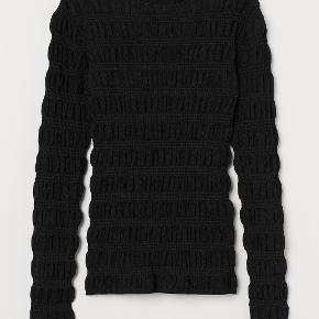 Fin bluse fra H&M Trend. Aldrig brugt
