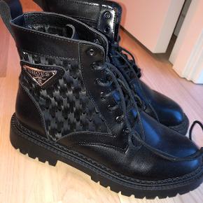 Shein sko & støvler