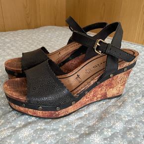 Tamaris heels