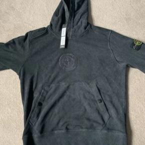 Stone Island X Supreme i sort colorway!   Mp: 2500 (På forhånd, ingen bud under) :-)