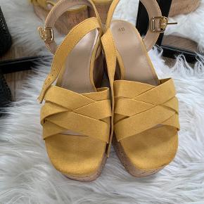 H&M sandaler