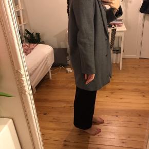 Oversized uldfrakke.