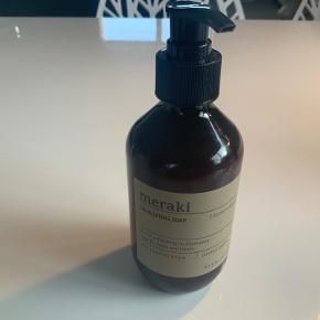 Meraki Exfoliating Soap Northern Dawn 275 ml Ny Sender gerne på købers regning