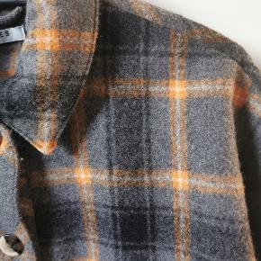 Super lækker jakke, kun brugt et par enkelte gange 😊