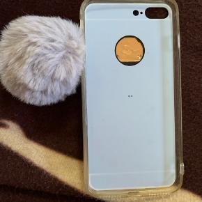 """""""Spejl"""" plastik  cover m/ lys grå pom pom  Til iphone 7 +  Brugt"""