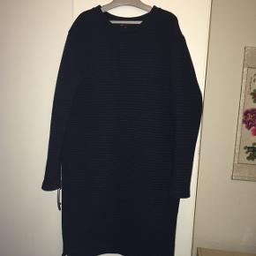 Se også mine andre annoncer med bl.a kjoler fra Cos, Zara og Moss Copenhagen