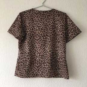 Leopard t-shirt, str. L/40-42