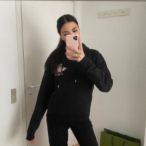 Fiorucci sweater
