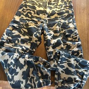 Fede camouflage bukser men. Carhartt str 32/32 i fin stand 200kr