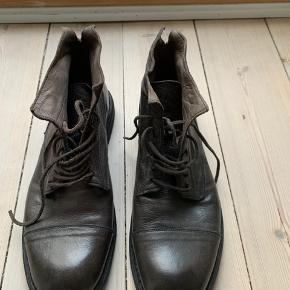 Super fede og lækre støvler fra bubetti. Np 2200. Byd:-)