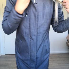 Super fin og praktik jakke i softshell 🧡