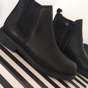Rigtig flote sko til sælge ny pris 800kr