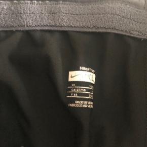 Trænings bukser fra Nike - Brugt meget lidt Str: XL